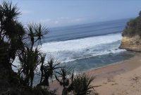 Fasilitas Pantai Puyangan